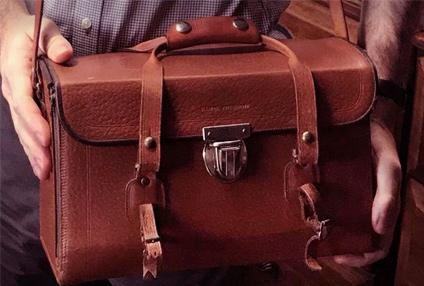 Vintage camera bag restoration
