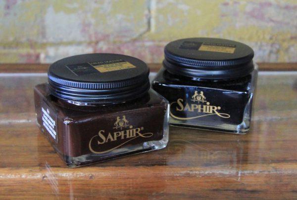 Saphir oiled leather
