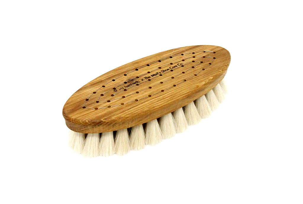 goat shoe brush top